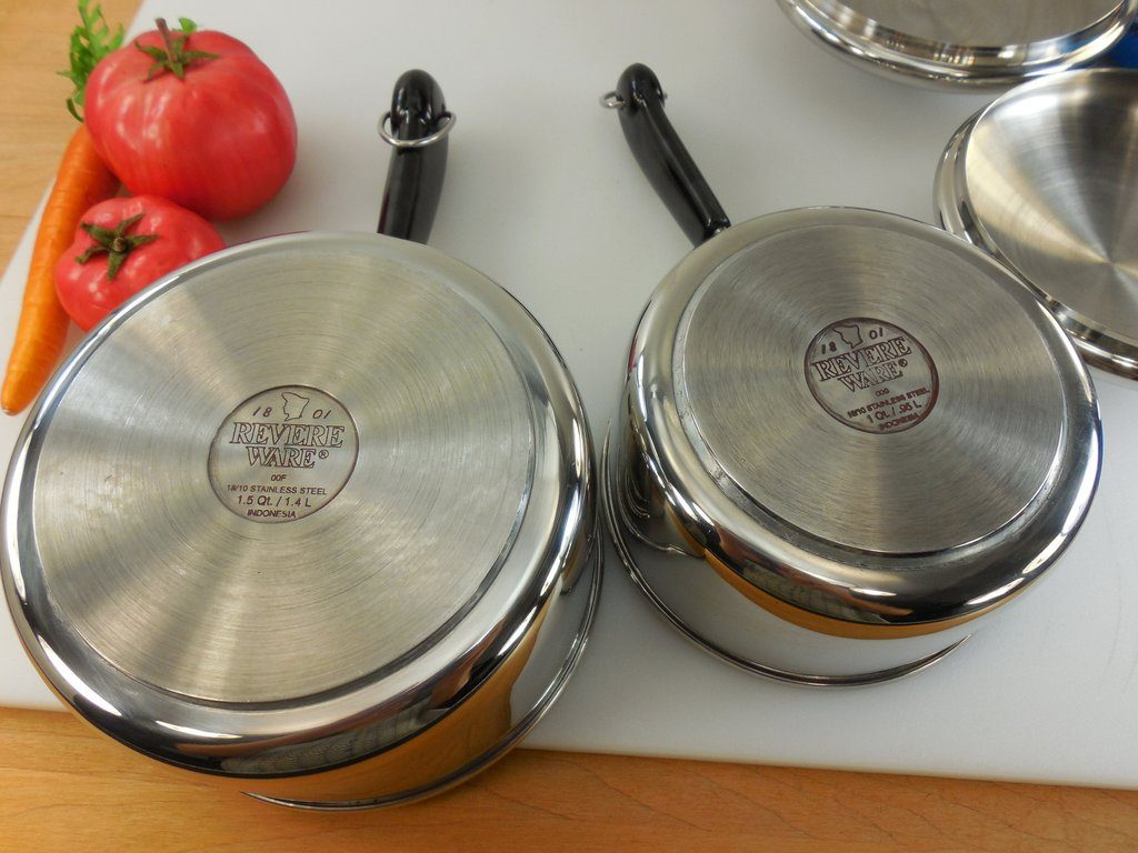 Here what our photo guide has to say about Tri-Ply cookware: